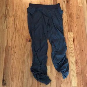 Lulelemon athletic pants sz 10